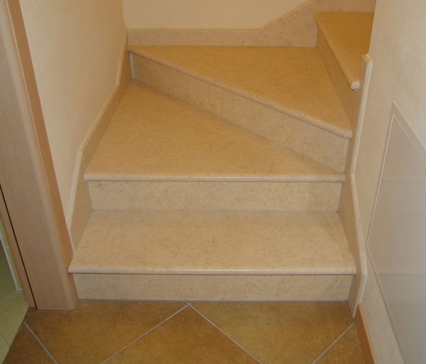 Sunny Beige Marble Bullnose Stair